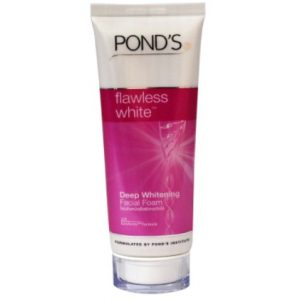 POND,s Flawless Radiance Even Tone Facial Foam